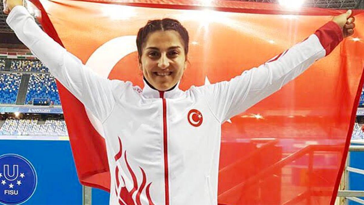Fenerbahçeli milli atlet Eda Tuğsuz U23 Avrupa Atletizm Şampiyonası'nda ikinci oldu