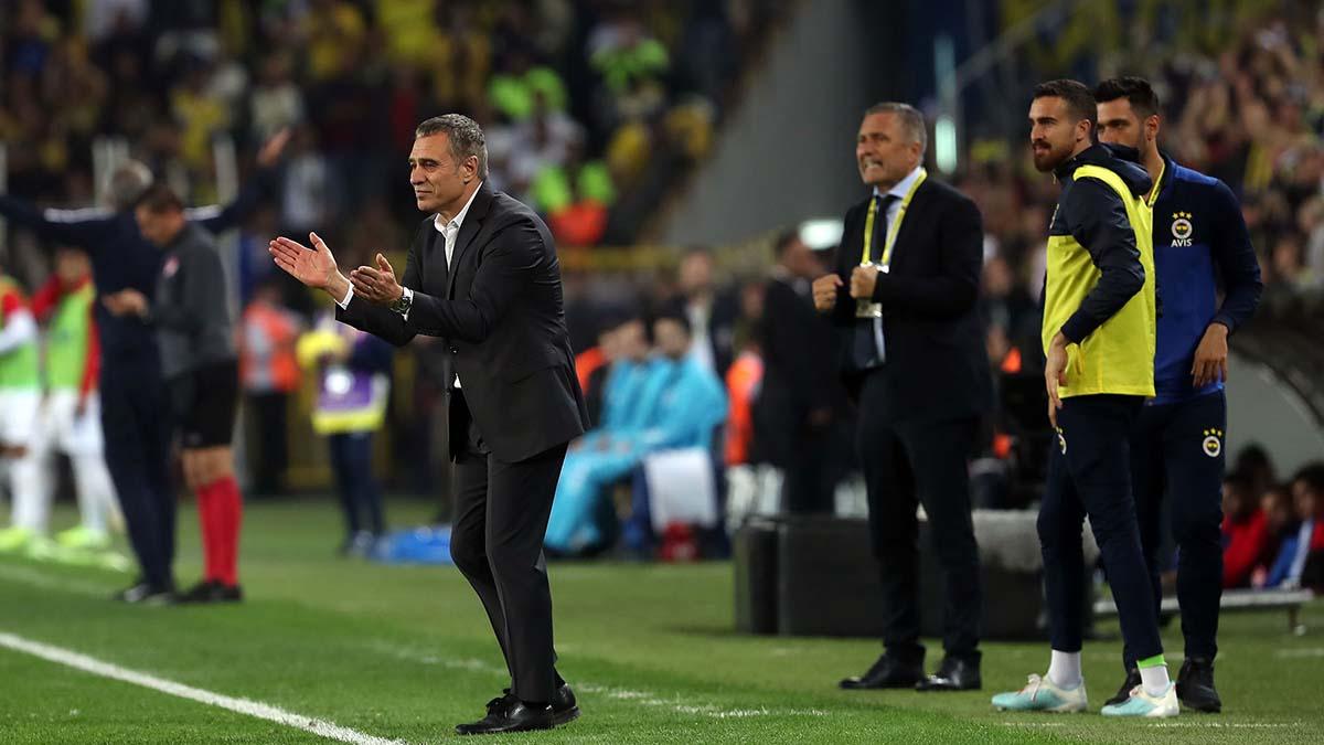 Teknik Direktörümüz Ersun Yanal: Fenerbahçe'nin oynaması gereken ve taraftarımızın beklediği oyunu her zaman oynamalıyız