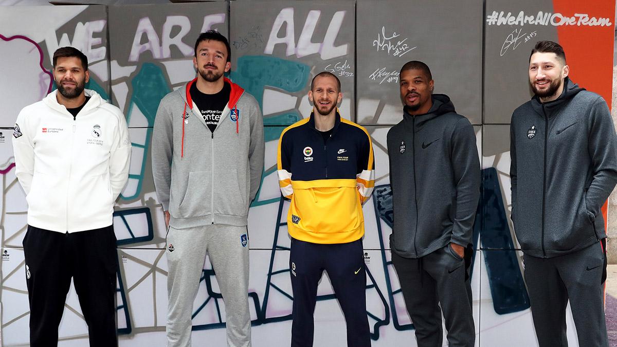 Basketbolcularımız Fan-Zone etkinliklerine katıldı