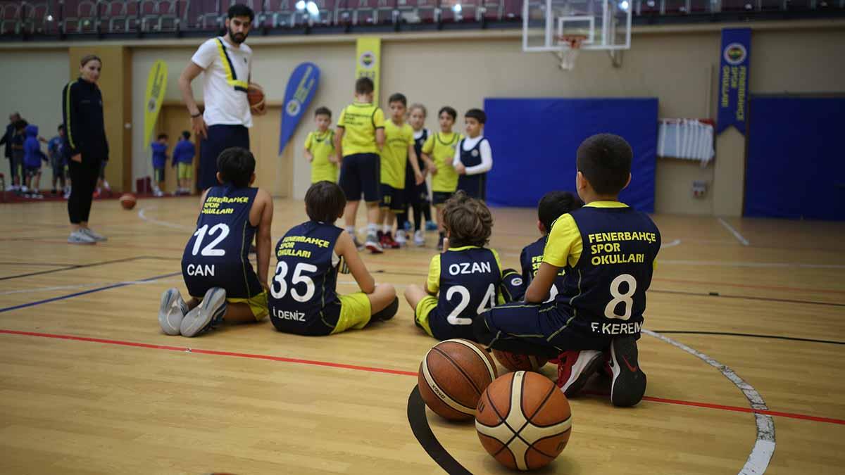Fenerbahçe Spor Okulları Sömestre Kampı başladı