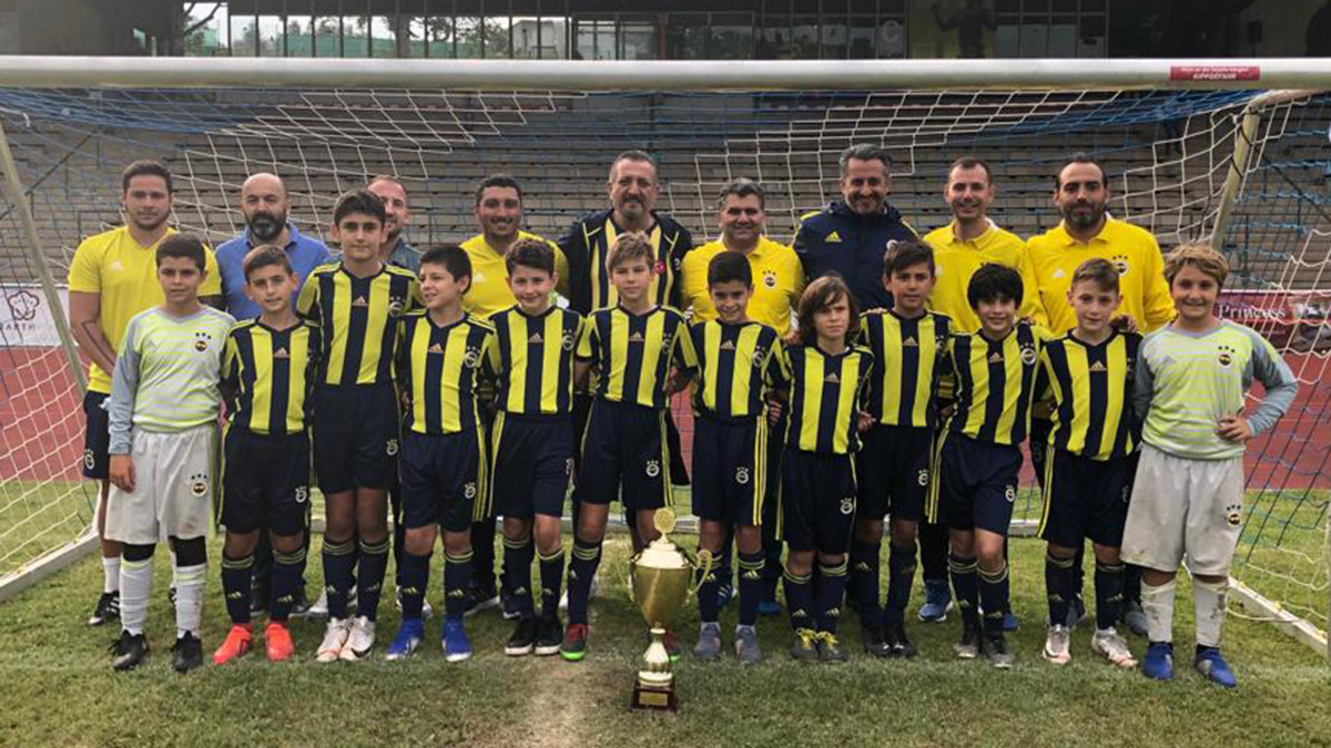 Fenerbahçe U12 Takımımız Kraftjungs Soccer Cup'ta şampiyon oldu