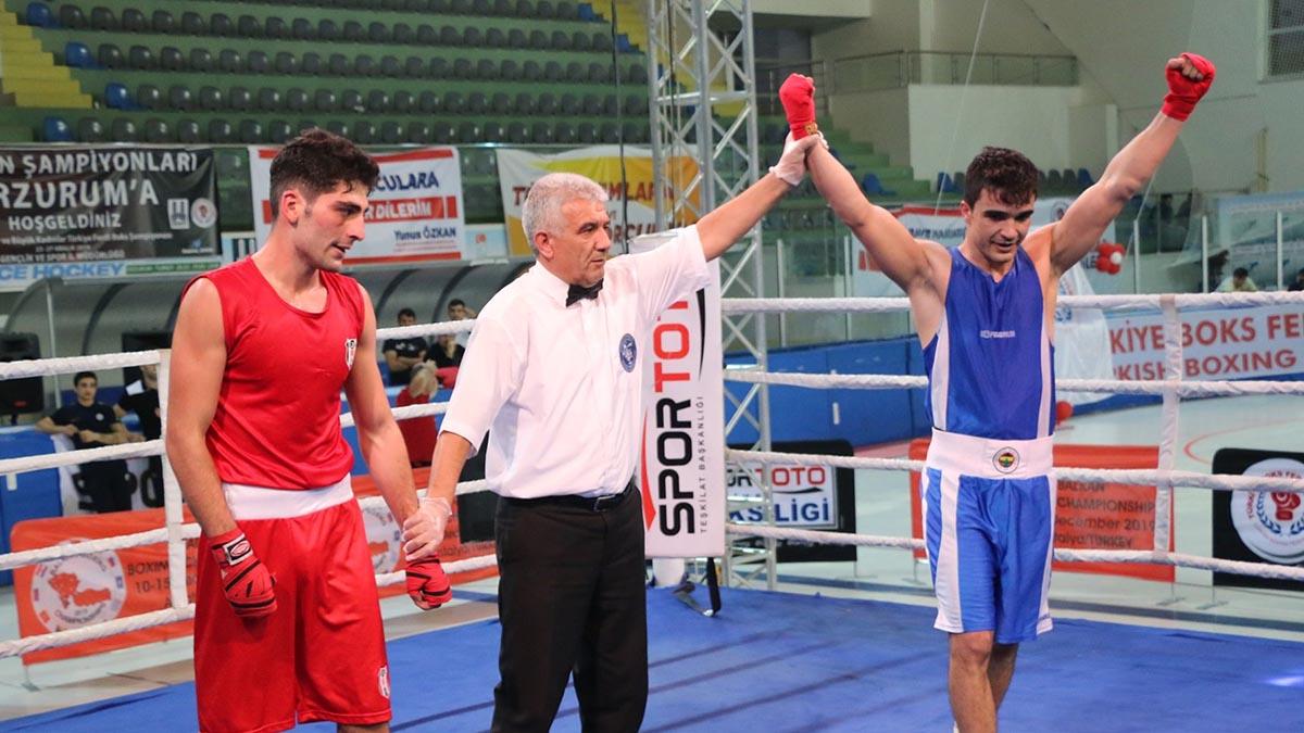 Büyük Erkekler ve Kadınlar Türkiye Ferdi Boks Şampiyonası'nı zirvede tamamladık
