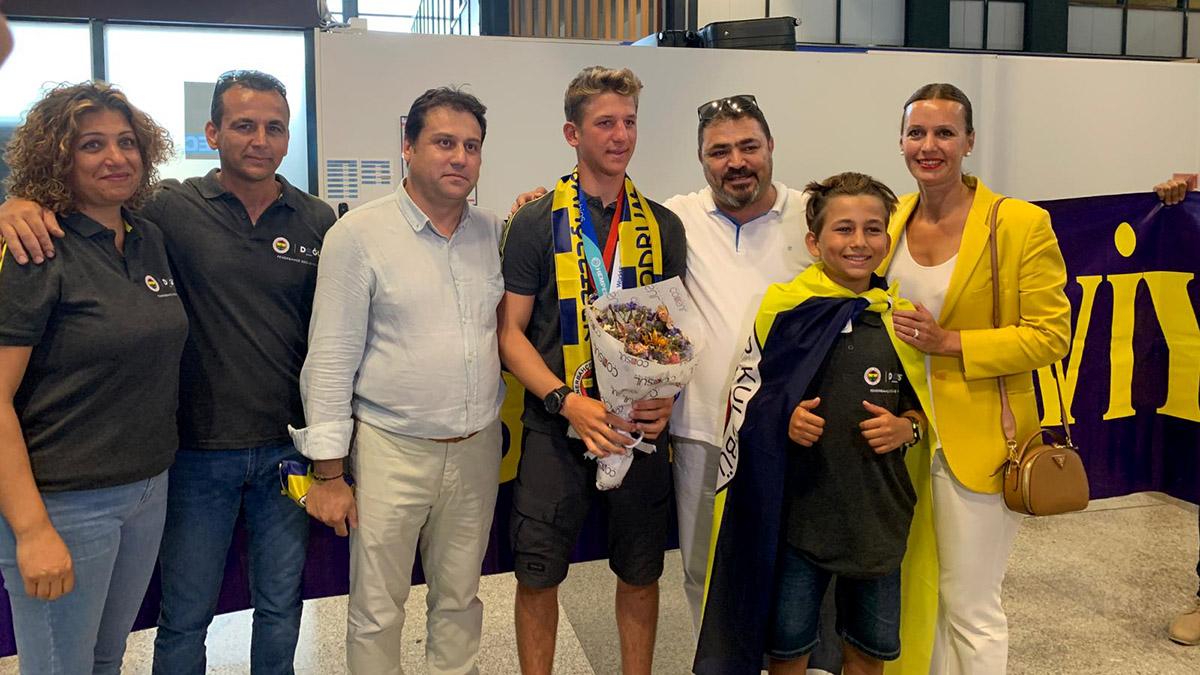 Bodrum Fenerbahçeliler Derneğimizden Dünya Şampiyonu Yelkencimiz Yalçın Çıtak'a Karşılama