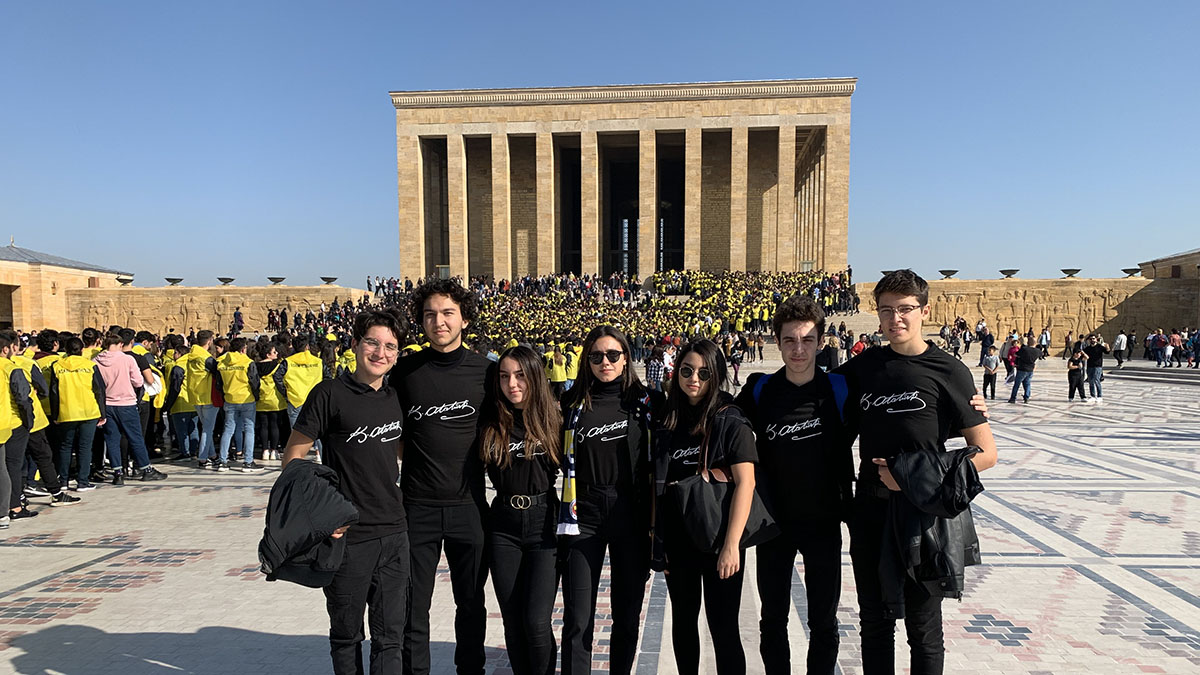 Fenerbahçe Çocuk ve Gençlik Kulübümüz Anıtkabir'i ziyaret etti