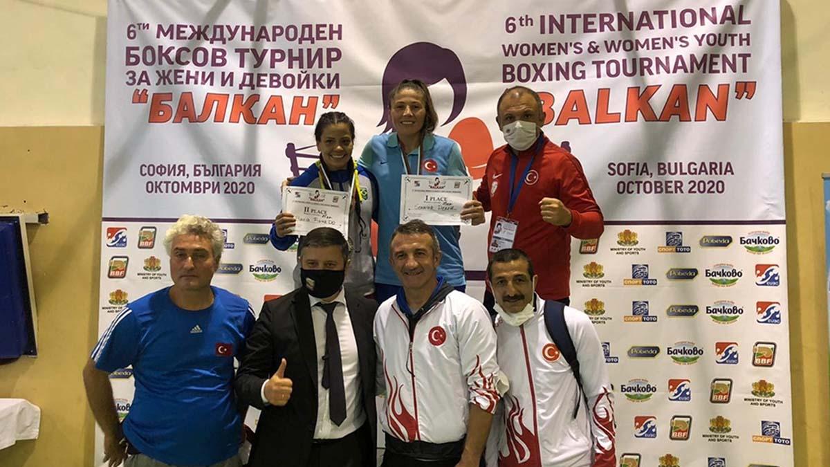 Milli boksörlerimizden bir altın, bir gümüş madalya