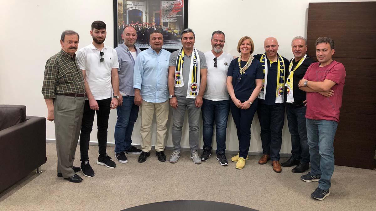 Hamburg Fenerbahçeliler Derneğimizden kulübümüze ziyaret