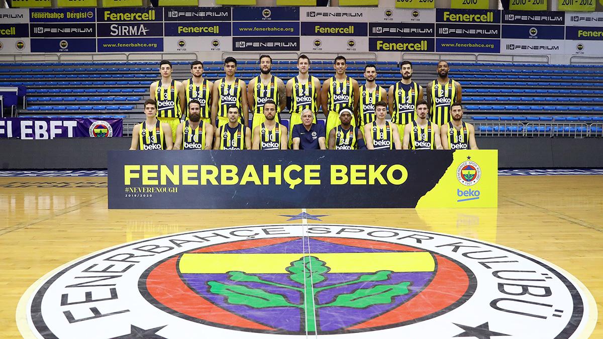 Fenerbahçe Beko, CSKA Moskova'ya konuk oluyor
