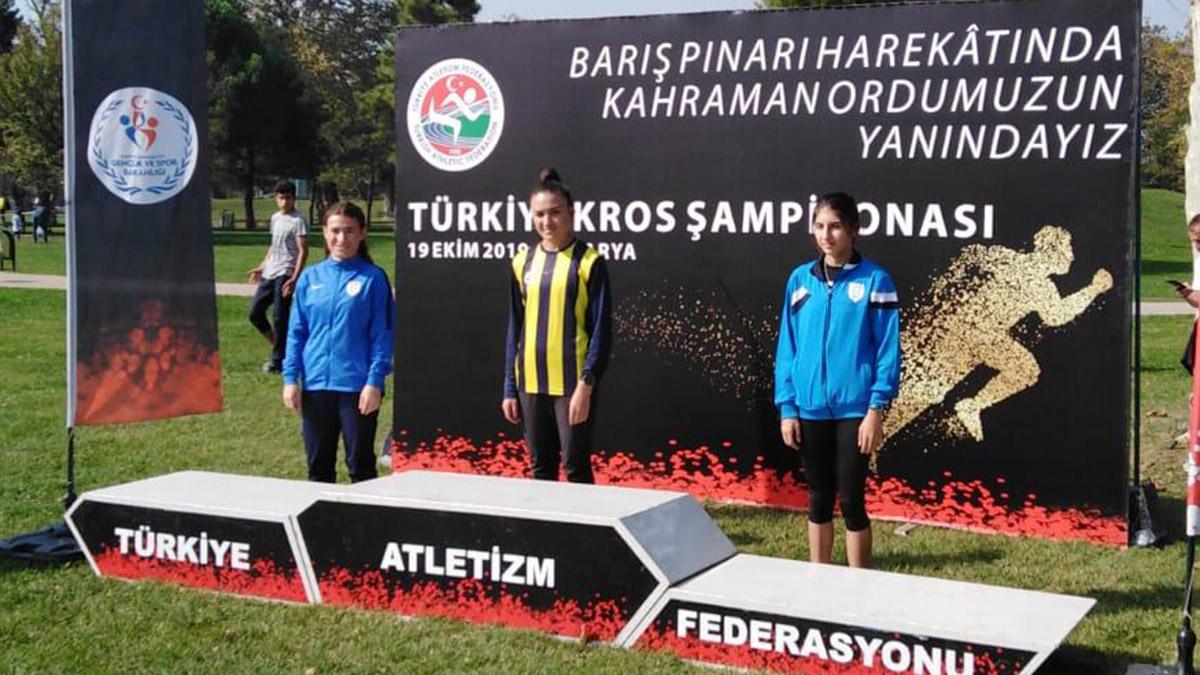 Atletlerimizden Krosta 2 Türkiye Şampiyonluğu