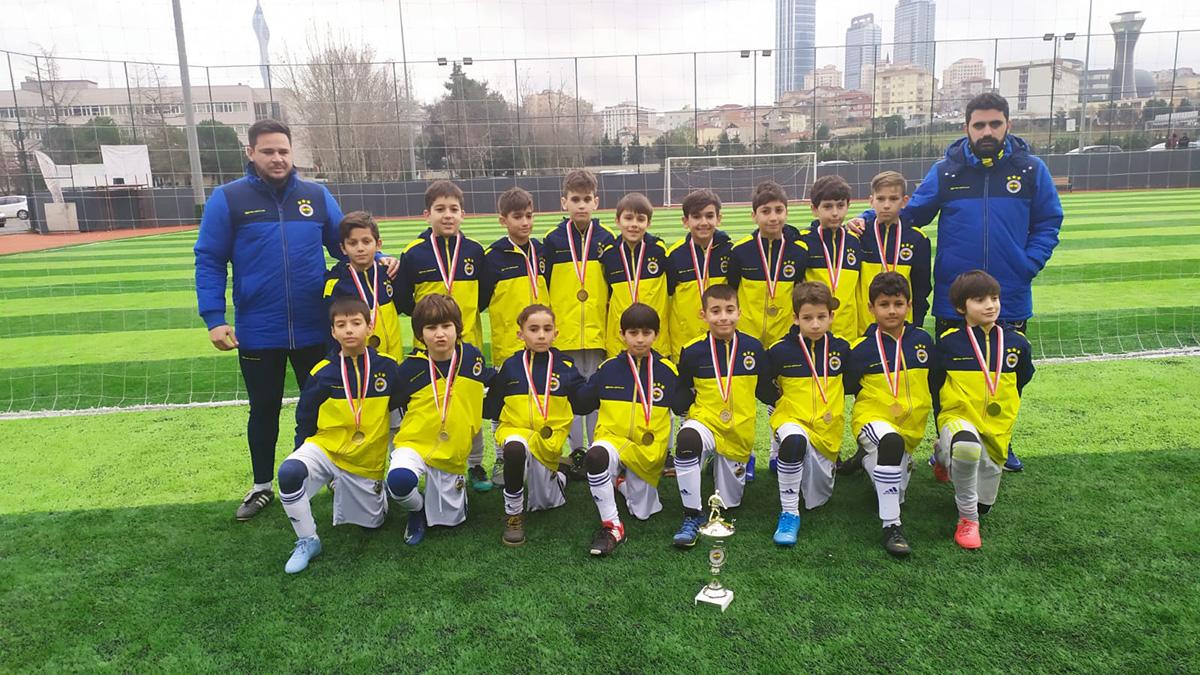 U10 Dostluk Turnuvası'nın şampiyonu Fenerbahçemiz oldu