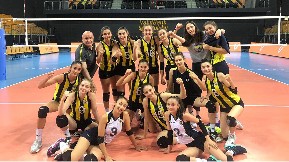 Yıldız Erkek ve Genç Kız Takımlarımız Türkiye Şampiyonası'nda 2'de 2 yaptı