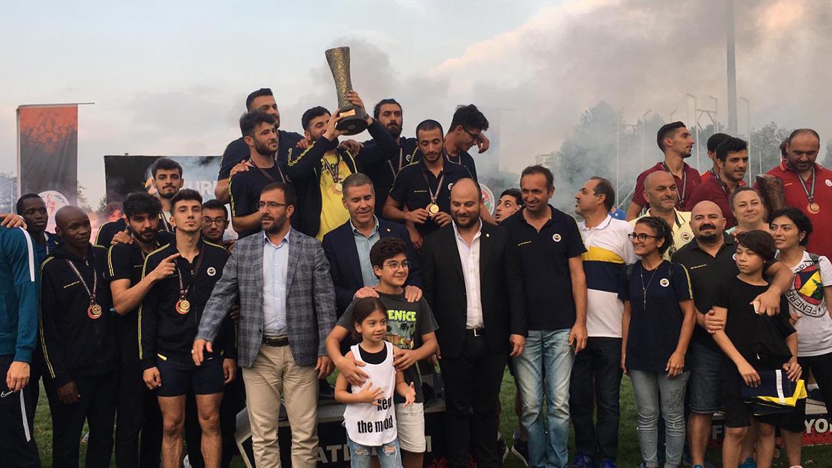 Atletizm Şubemiz Süper Lig Final Yarışları'nda erkeklerde şampiyon, kadınlarda ikinci oldu