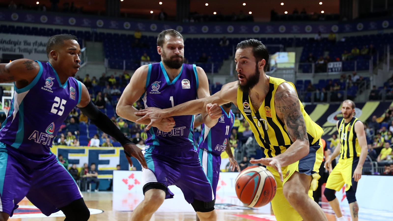 Fenerbahçe 92-68 Afyon Belediyespor
