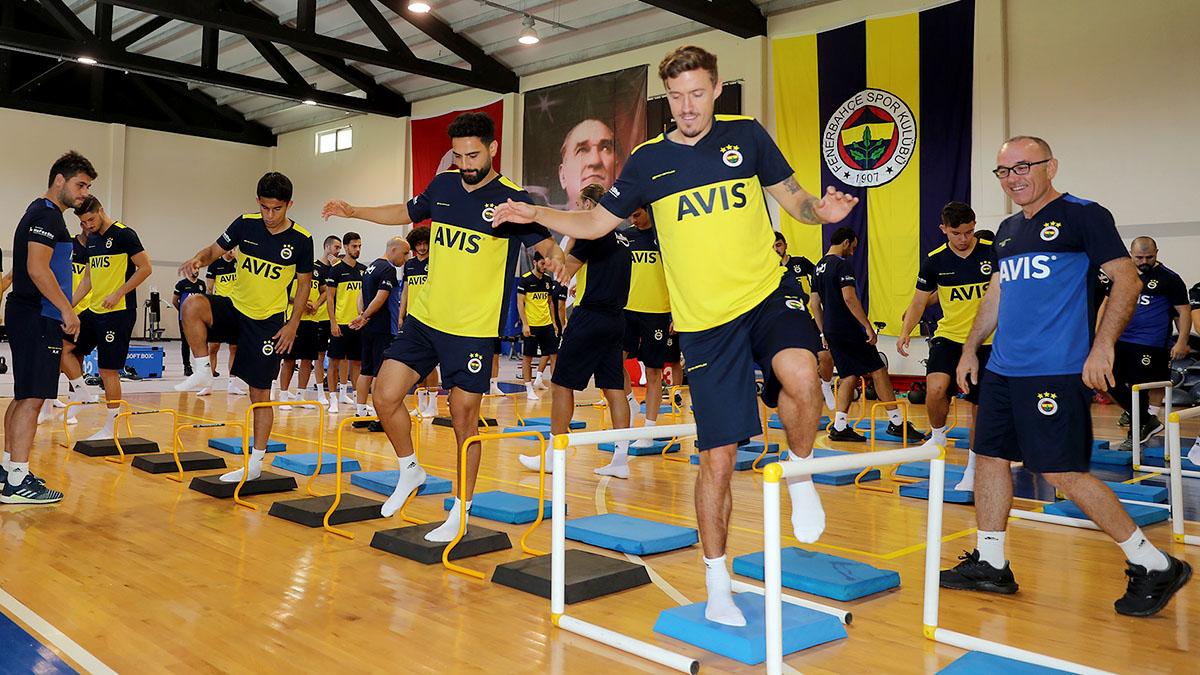 Futbol A Takımımız günün ilk antrenmanını yaptı