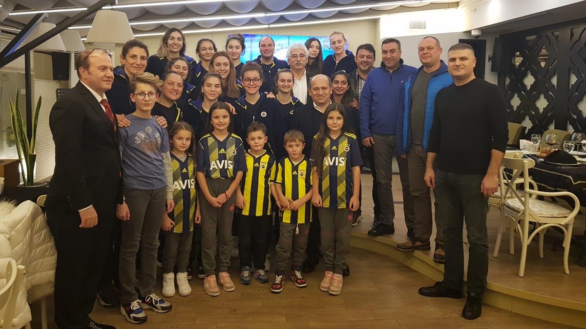 Edremit Fenerbahçeliler Derneğimiz Fenerbahçe Gelişim Basketbol Takımımızı yalnız bırakmadı