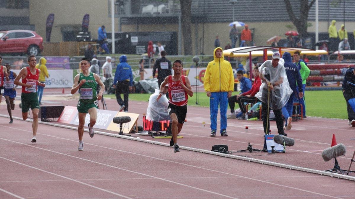 Atletlerimiz İsveç'te madalya kazanmaya devam ediyor