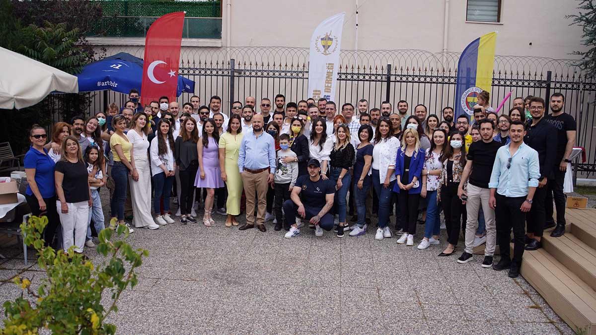 Hukukçu Fenerbahçeliler Derneği'nden kahvaltı organizasyonu