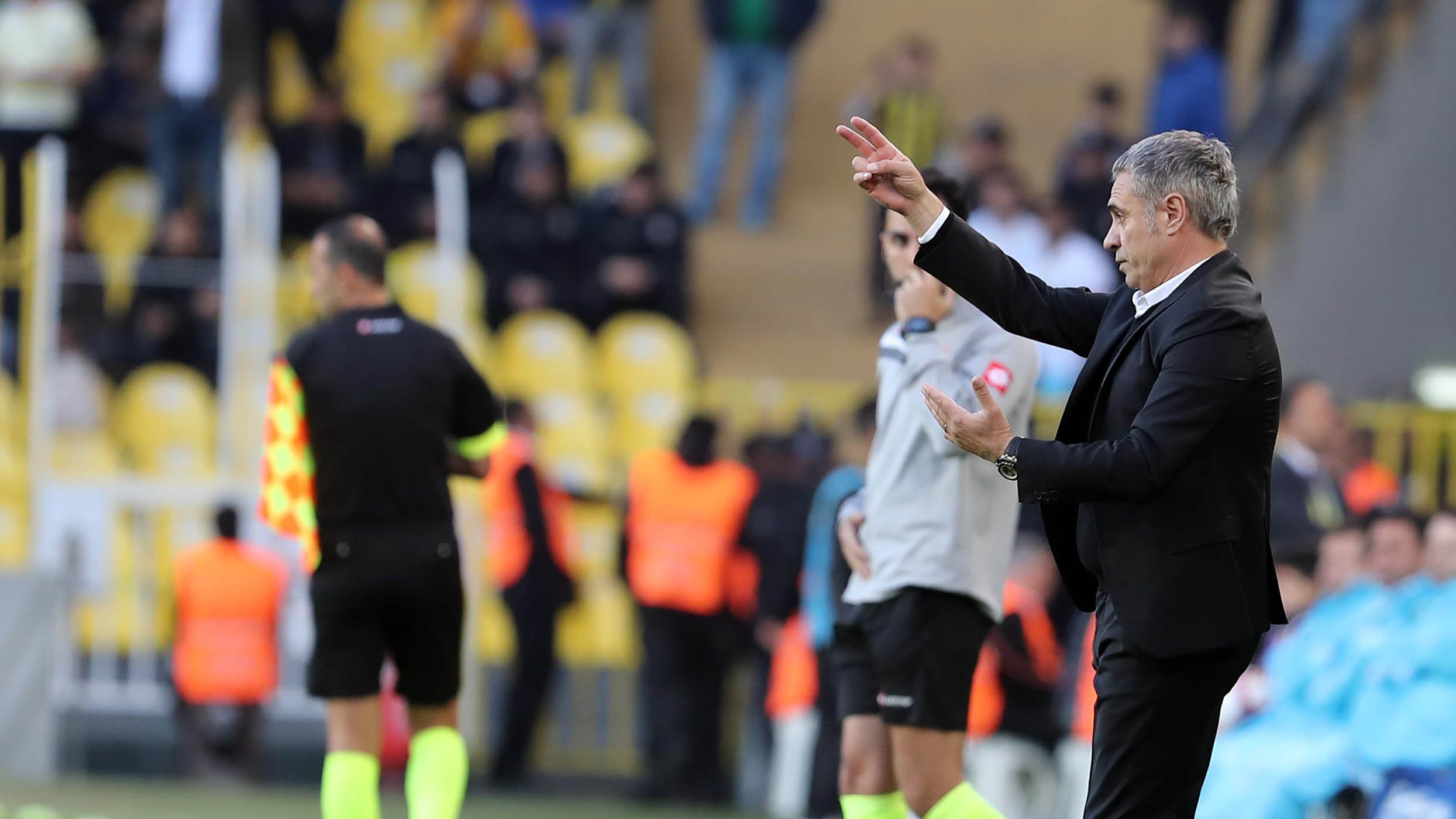 Teknik Direktörümüz Ersun Yanal Akhisarspor maçını değerlendirdi