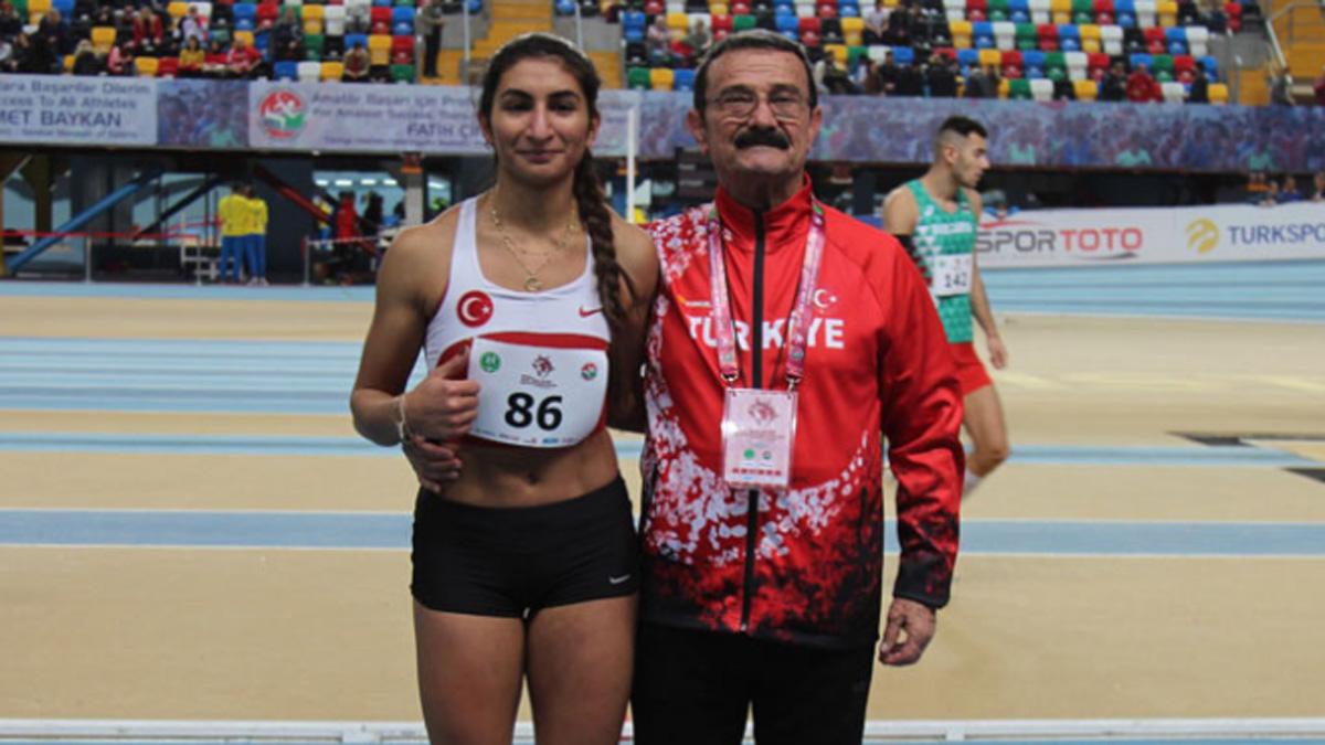 Milli atletlerimiz Balkan Salon Atletizm Şampiyonası'nda rekorlarla 2 madalya kazandı
