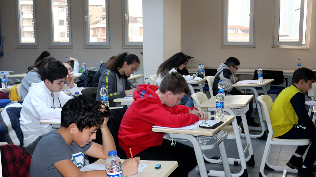 Öğrenciler, Fenerbahçe Kolejli olmak için ter döktü