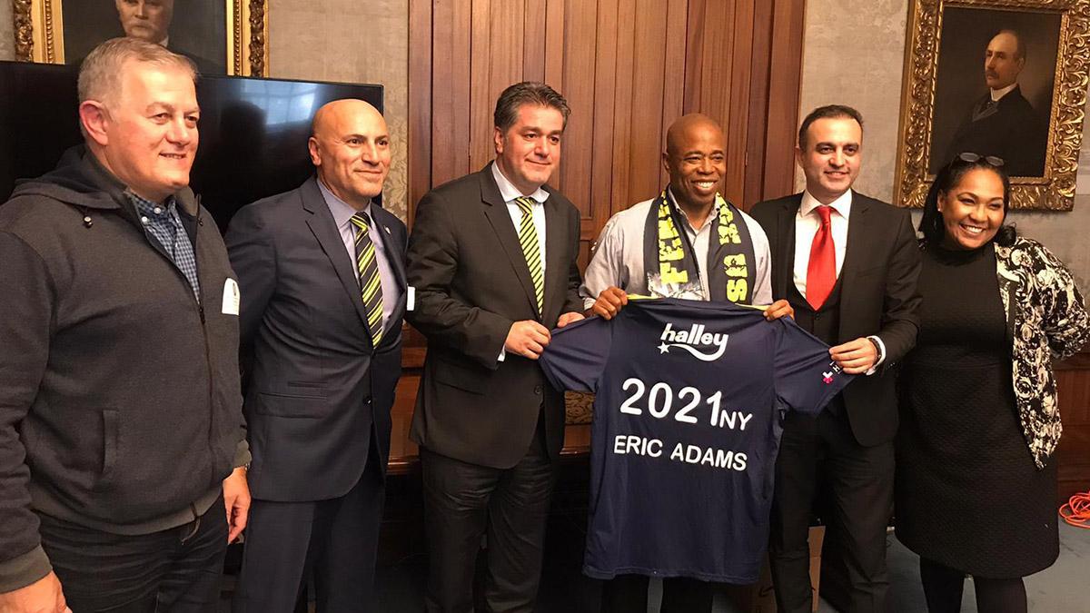 Brooklyn Belediye Başkanı Eric Adams'tan Fenerbahçe USA Academy'e destek sözü