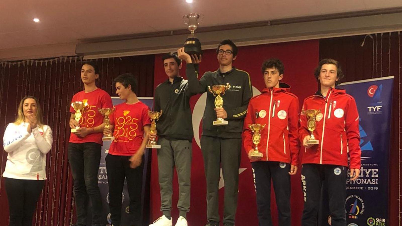 Fenerbahçe Doğuş Yelken'den TYF Türkiye Şampiyonası 420 Sınıfında Başarılı Sonuçlar